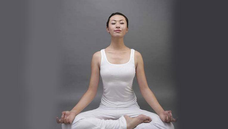ardha padmasana yoga